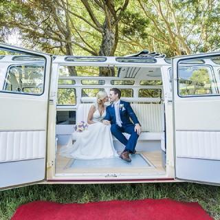 Stretch Kombi Limousines Lauren and Ryan Wedding Photos