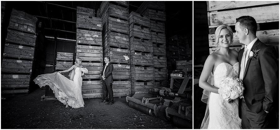 26-panorama-house-appleshack-orchard-wedding-photos
