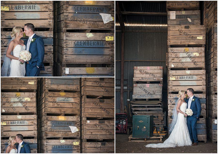 27-panorama-house-appleshack-orchard-wedding-photos