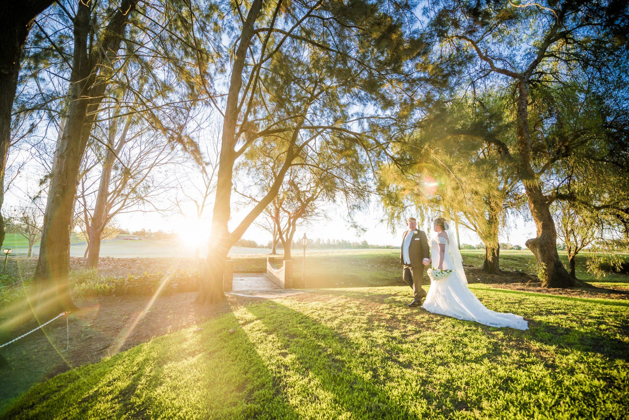 Crowne Plaza Hawkesbury Wedding Photos Sydney